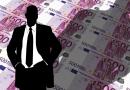 Finanziamenti privati e inchieste. Inaccettabili gli intrecci economici tra chi dovrebbe garantire il bene pubblico e potentati (im)prenditoriali